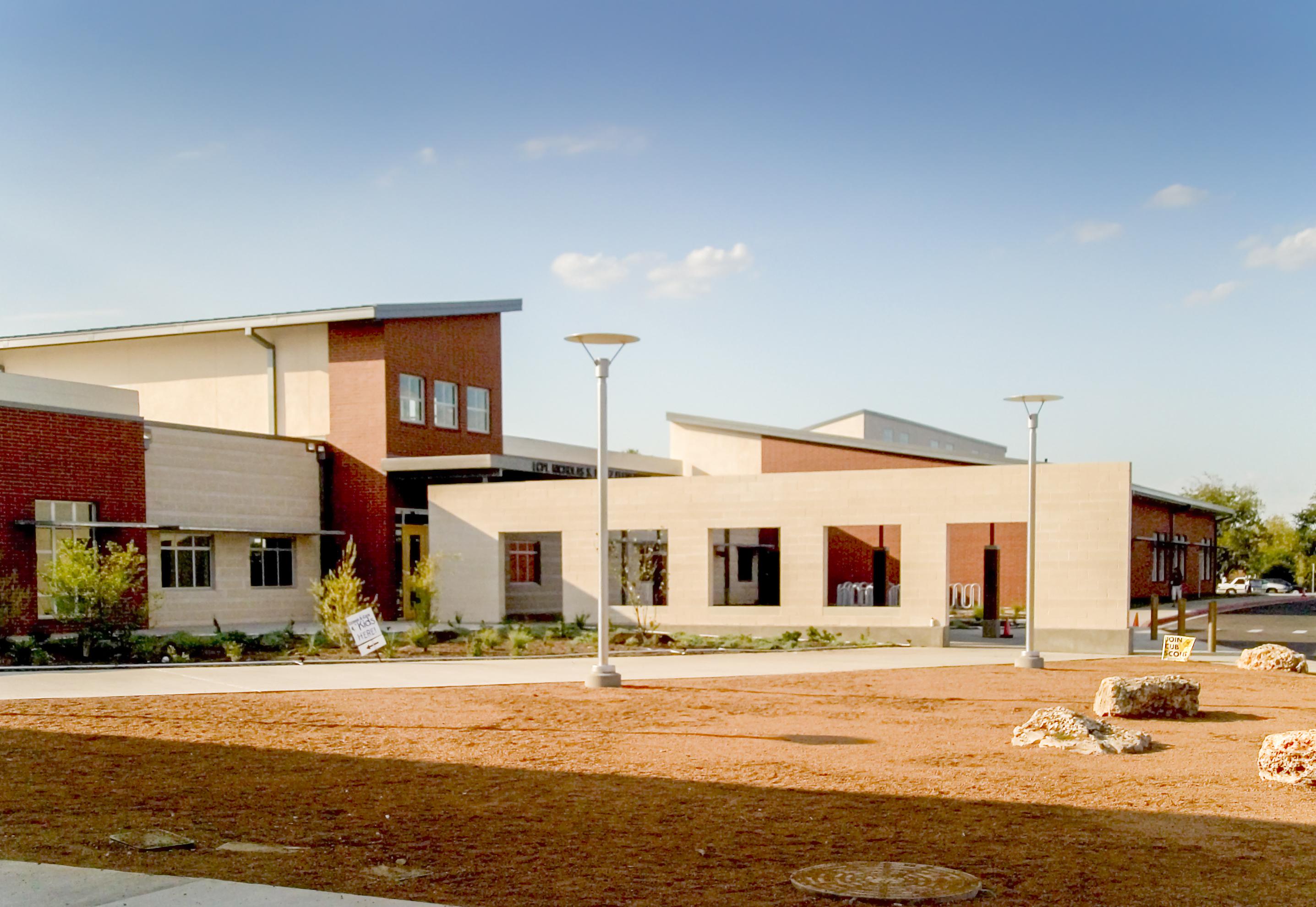 AISD: PEREZ ELEMENTARY SCHOOL